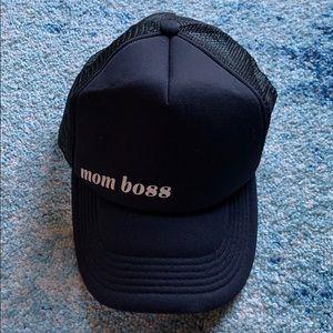 Accessories - Mom boss trucker hat NEW